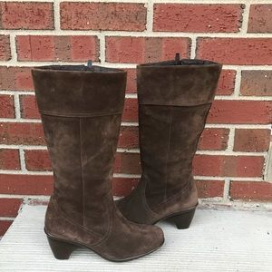 Dansko Brown Suede Boots 37